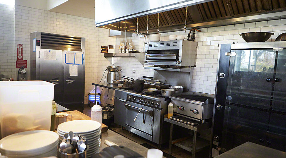 Commercial Oven Maintenance and Cleaning Tips